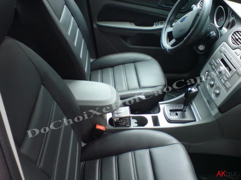 Bọc nệm ghế da xe Ford Focus
