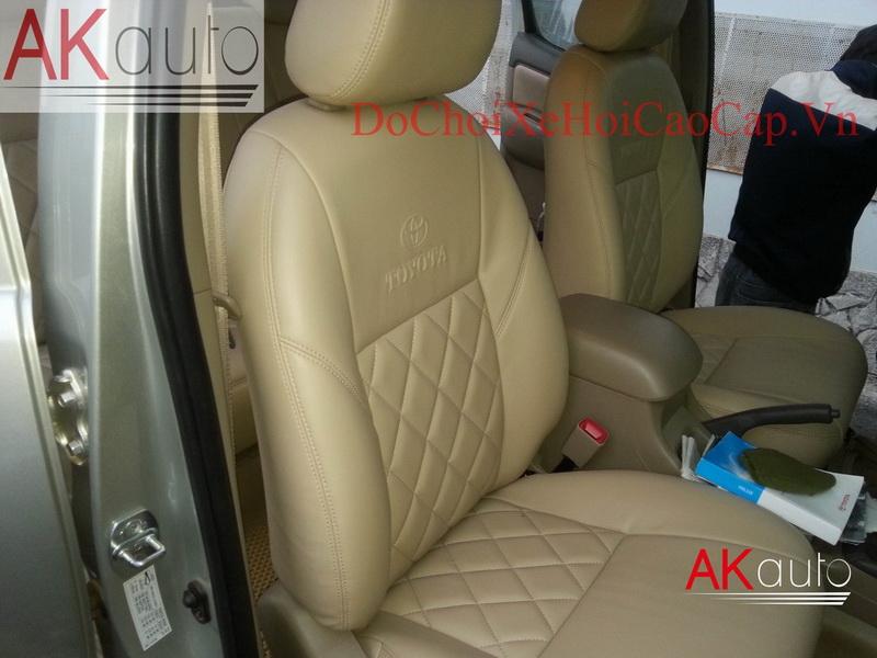 Bọc nệm ghế da xe Toyota Hilux giá rẻ