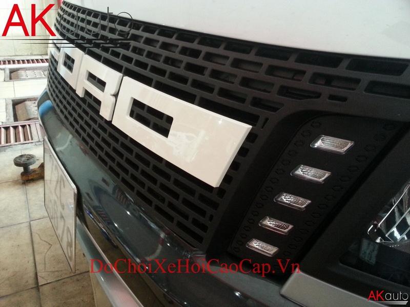 Ga Lăng trước xe bán tải Ford Ranger