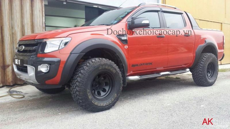 Phụ kiện đồ chơi xe bán tải Ford Ranger nhập Thái