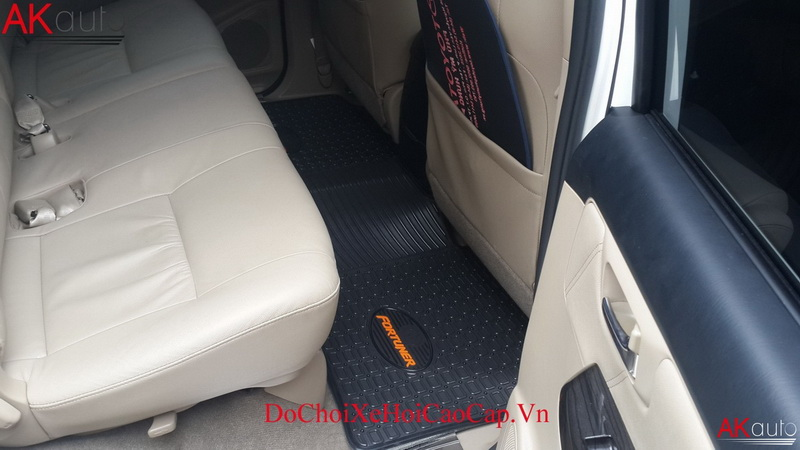 Thảm Lót Sàn Xe Toyota Fortuner
