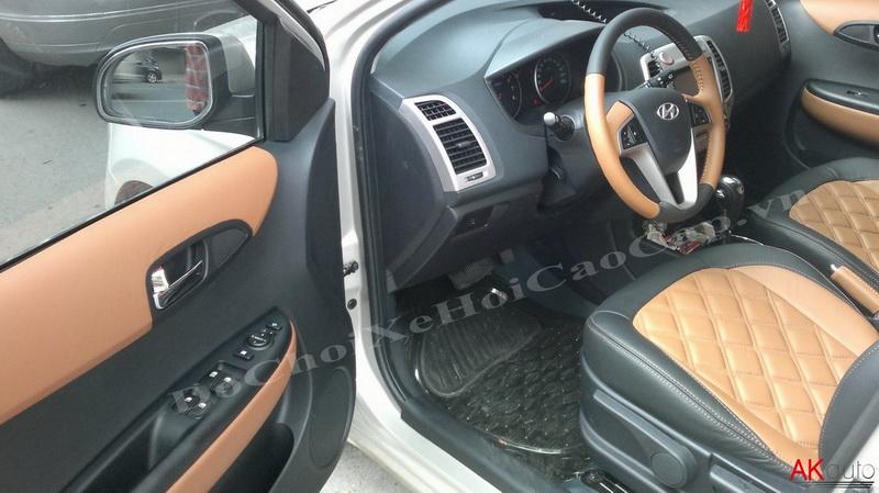 Thay nệm ghế da xe Hyundai I20