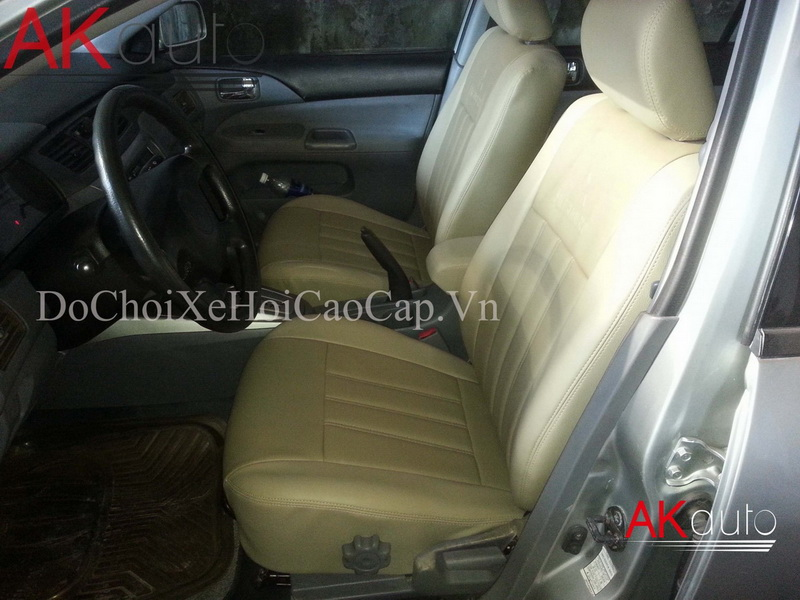 Thay nệm ghế da xe Mitsubishi Lancer Gala